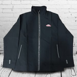 เสื้อแจ็คเก็ต สีดำ ปักโลโก้ สกรีนโลโก้ ทำเสื้อพนักงาน ตัดชุดฟอร์มบริษัท