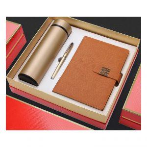 Gift Set ของขวัญปีใหม่ กระบอกน้ำ Organizer ปากกา บรรจุกล่อง
