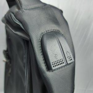 กระเป๋าเป้สะพายหลัง พร้อมช่องเสียบ USB